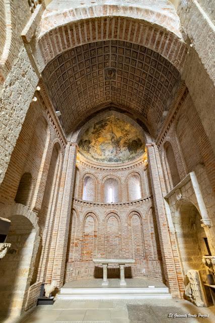 Interior de San Salvador de los Caballeros - Toro