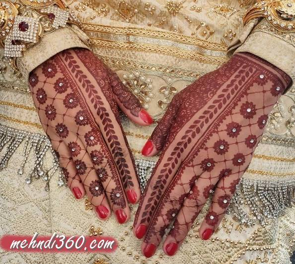 Special Day Mehndi Designs Back Hand