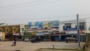 Banyak Kantor, Ruko dan Rumah Warga Tidak Pasang Bendera Setengah Tiang