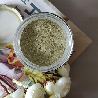 Raw Beauty Banana and Moringa Hair Mask Review