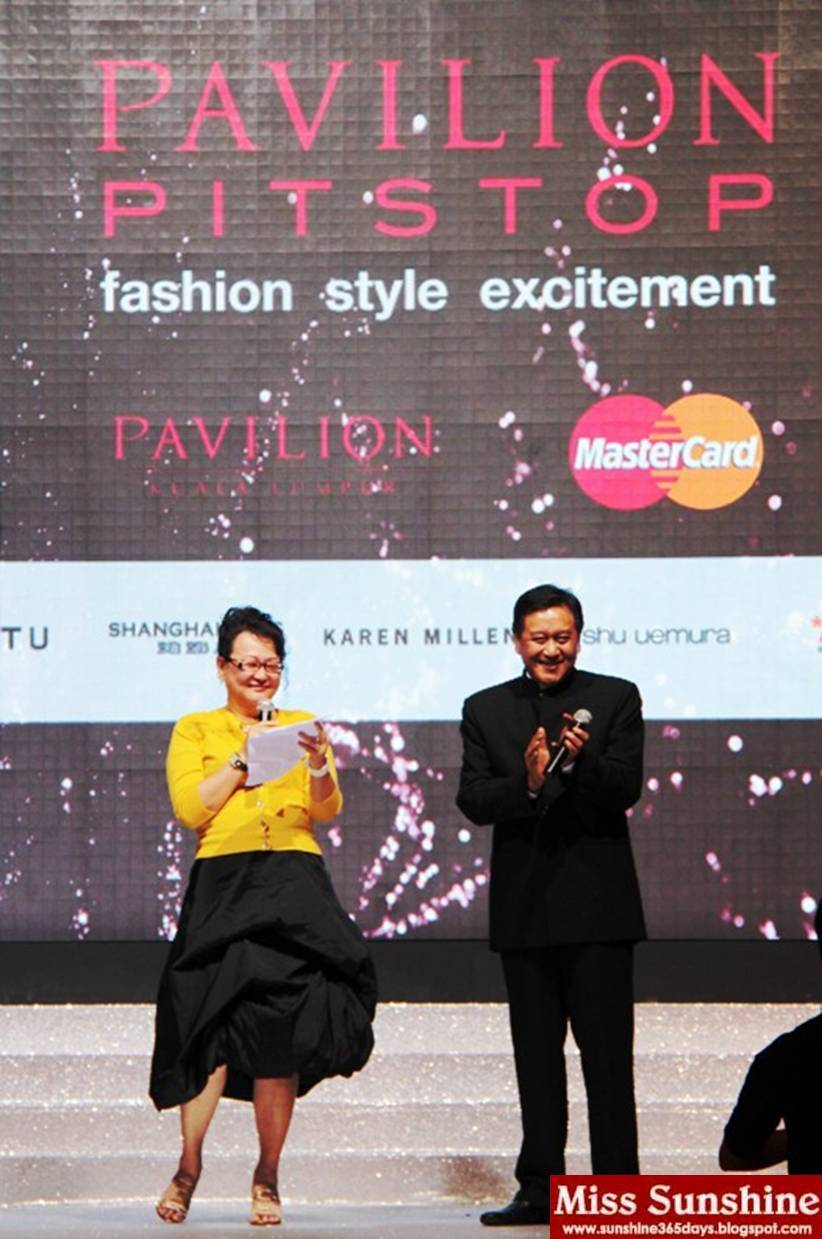 a121438f444 Joyce Yap, CEO-Retail of Pavilion KL, and Jim Cheah, VP and Senior Country  Manager - Malaysia and Brunei of MasterCard Worldwide, giving their welcome  note