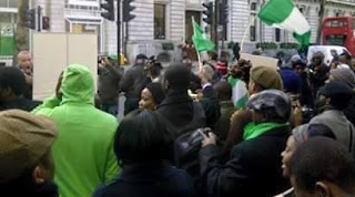 Nigerians In UK Deny Staging Protest Against Buhari, Say President Is In Good Condition