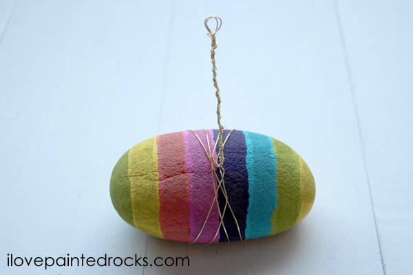 how to make a DIY photo holder or name tag holder with a rainbow striped rock