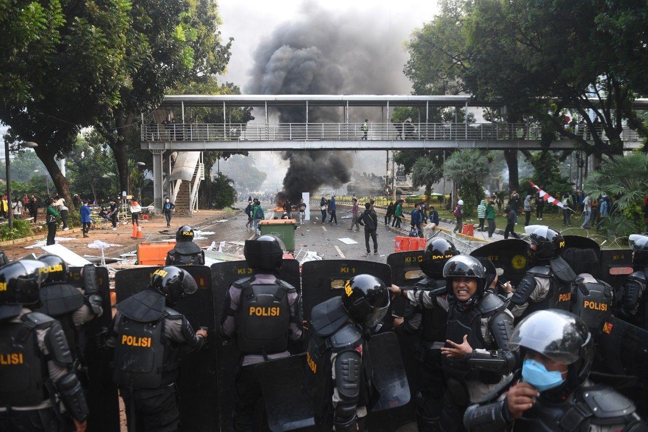 Belasan Jurnalis Hilang Saat Demo, Dianiaya