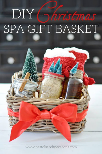 spa gift basket featured at Talk of the Town - www.knickoftime.net