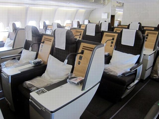 الخطوط الجوية السويسرية - نيويورك إلى سنغافورة