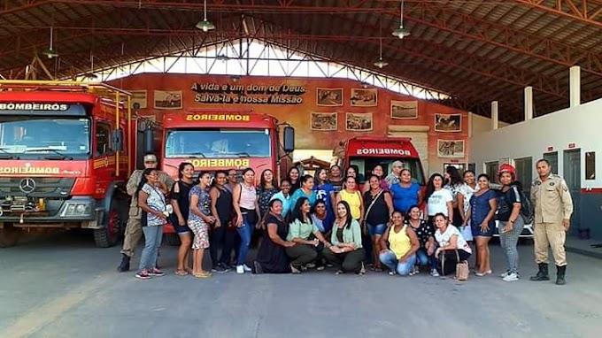 Merendeiras da rede municipal de ensino participaram do treinamento de prevenção a incêndios e primeiros socorros. O treinamento foi realizado pelo corpo de bombeiros em Itaituba.