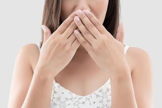 mulut bau seperti urin