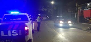 Cegah Gangguan Kamseltibcar Lantas Dimalam Hari, Personel Satlantas Polres Enrekang Lakukan Patroli Malam