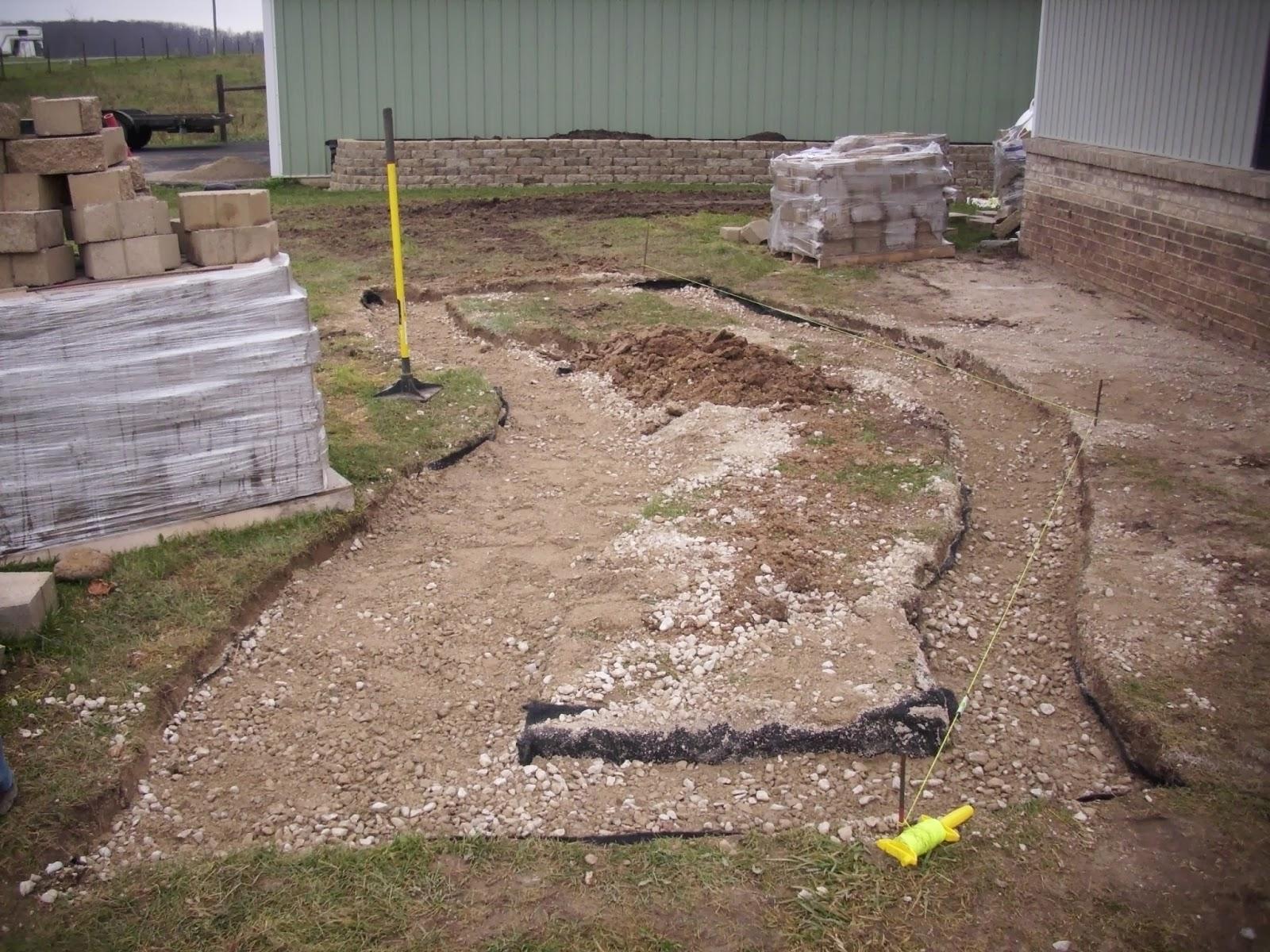 Landscape Design Guru: How to Build a Retaining Wall in Michigan