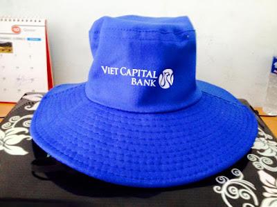 Công ty may mũ nón kim cương nhận cung cấp nón tai bèo cho ngân hàng làm quà tặng quảng cáo