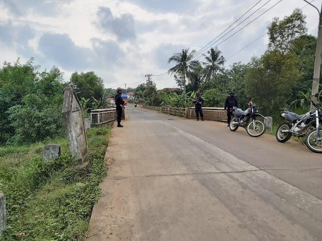 Kegiatan Himbauan Dan Pembagian Masker Oleh Brimob Lampung