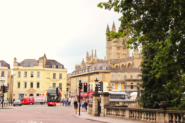 Cream Colored Buildings | Bath | England | Chichi Mary Blog
