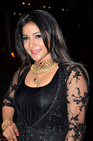 Sakshi Agarwal looks stunning in all black gown at 64th Jio Filmfare Awards South ~  Exclusive 007.JPG