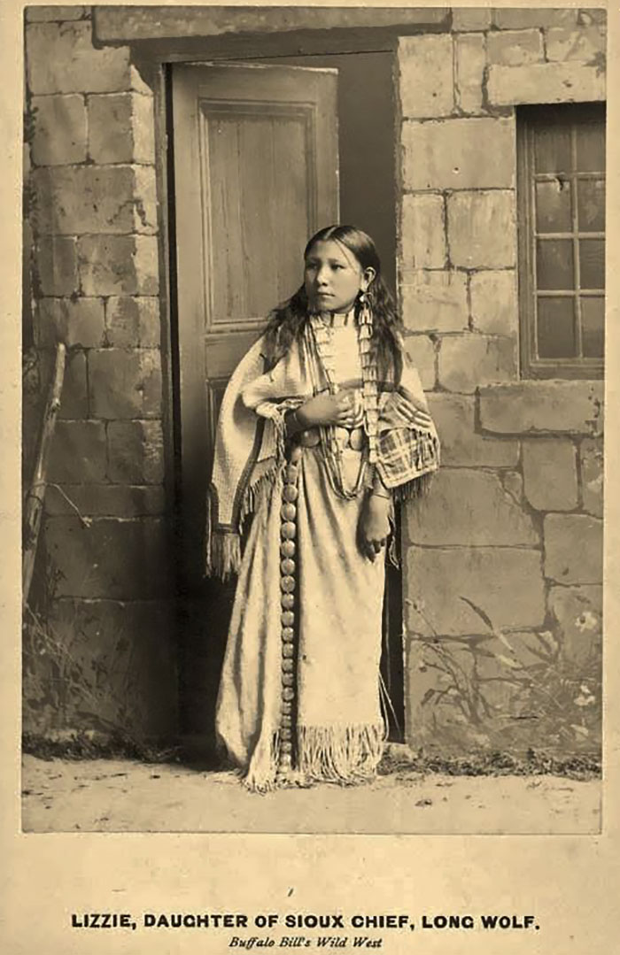 White Wolf  1800S-1900S Stunning Portraits Of Native -3701