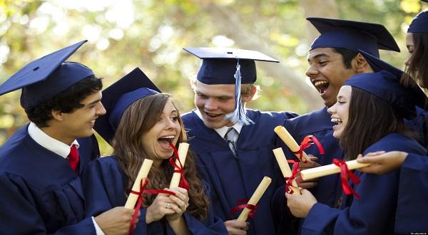 Kelulusan Kuliah