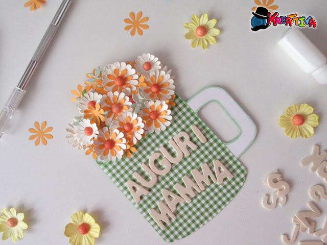 Card con fiori per la festa della mamma