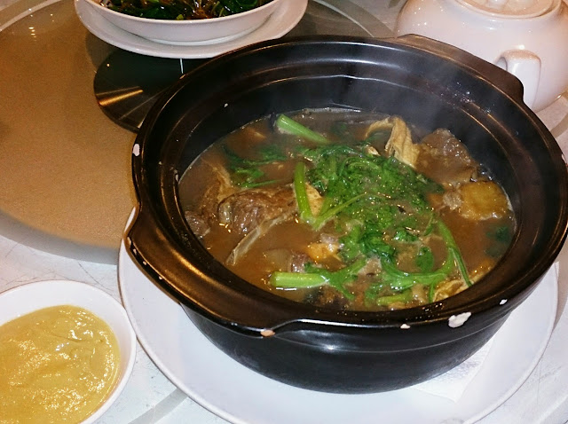 West Lake Restaurant, lamb hot pot
