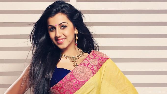 Malayalam movie actress hd wallpapers,