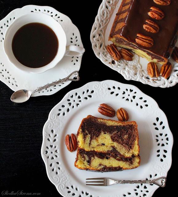 Najlepsze i Najprostsze Wilgotne Ciasto Marmurkowe - Przepis - Słodka Strona