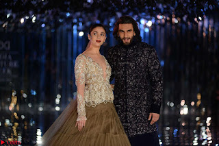 Alia Bhatt and Ranveer Singh walks the ramp for Manish Malhotra during Indian Couture Week 2017 Grande Finale 1 ~ CelebsNext Special 001