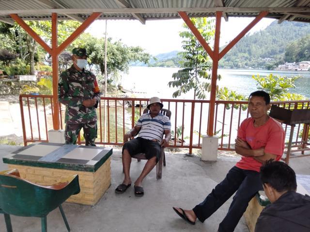 Jalin Silaturahmi, Personel Jajaran Kodim 0207/Simalungun Himbau Warga Jaga Kesehatan