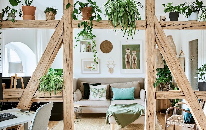 Minimalista y natural: la deco de un apartamento con cosas de segunda mano y de IKEA