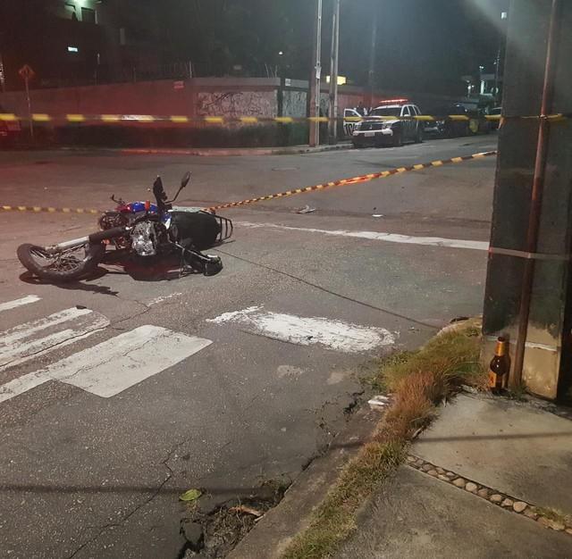 Criminosos em fuga atropelam e matam professor em Fortaleza