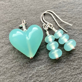andmade lampwork glass bead pendant and earrings by Laura Sparling made with CiM Sea Glass