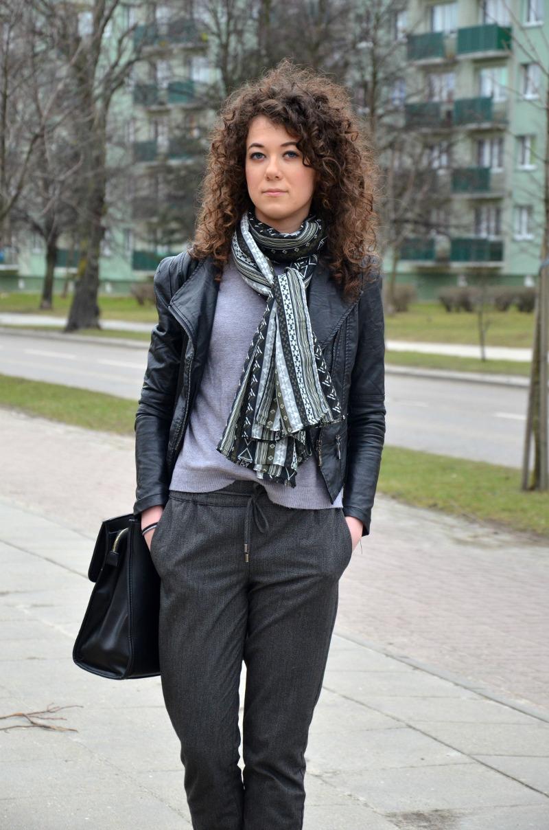 jak się ubrać, stylizacja do pracy, spodnie na kant, szalik new Look, spodnie Promod, ramoneska