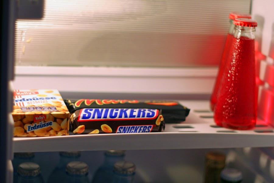 snickers fastfood erdnüsse brause