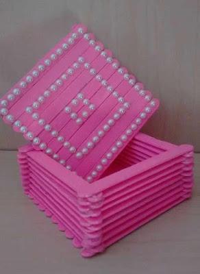Caixa e nicho de palitos de picolé
