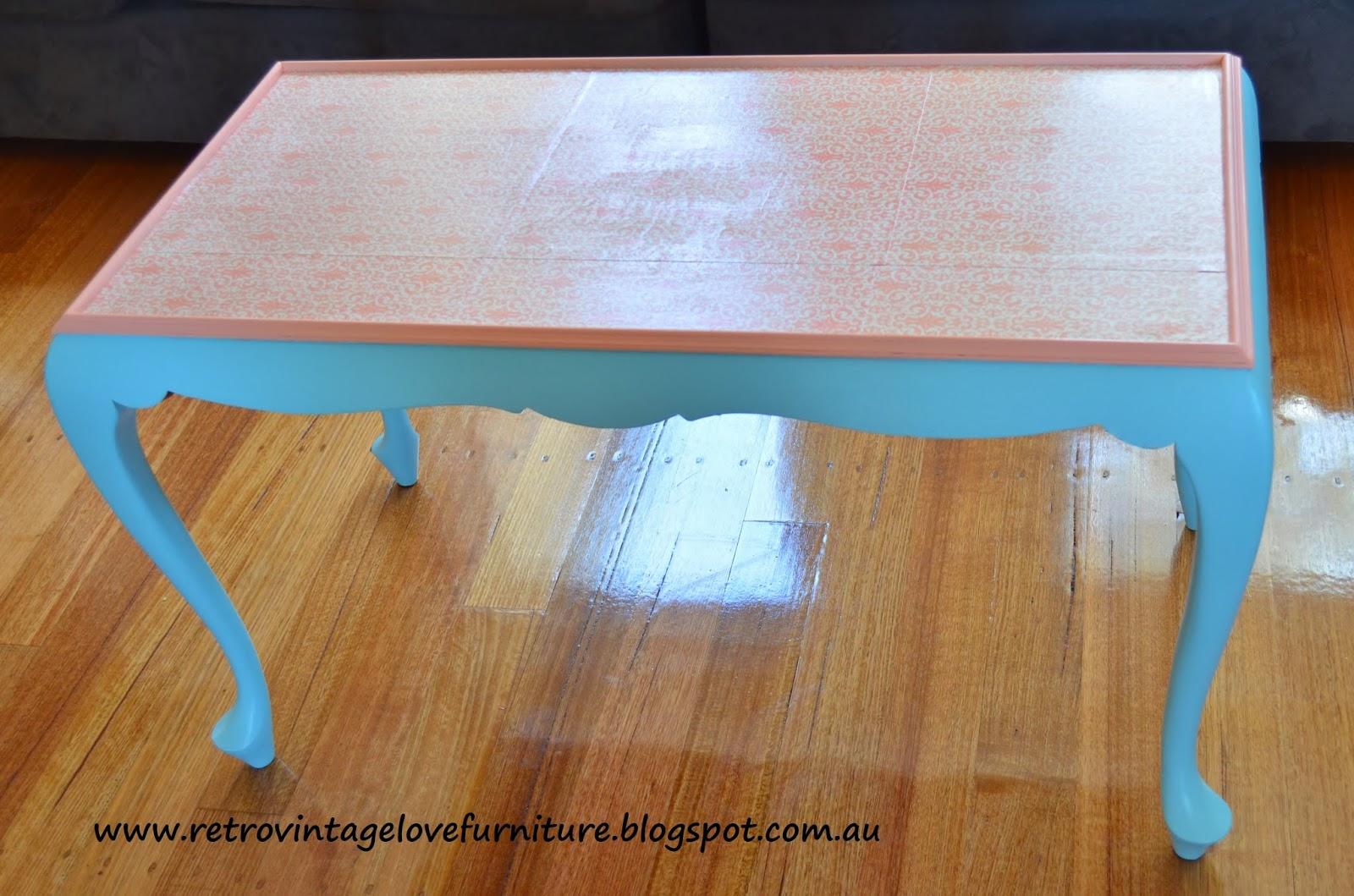 Retro Vintage Love Aqua And Coral Queen Anne Coffee Table