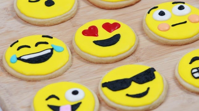 Emoji Party Ideas; emoji cookies