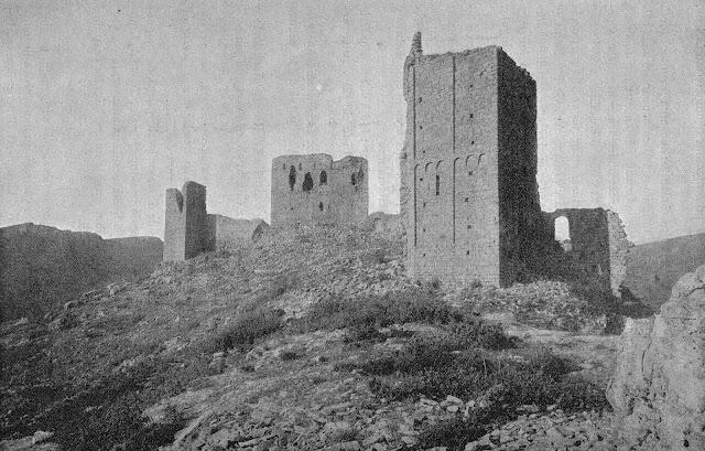 Imatge del castell de Llordà, de finals del XIX o principis del XX.