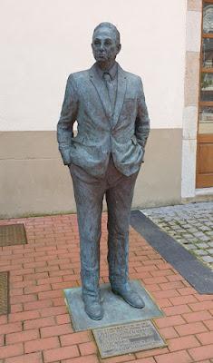 estatua, Severo Ochoa, Luarca