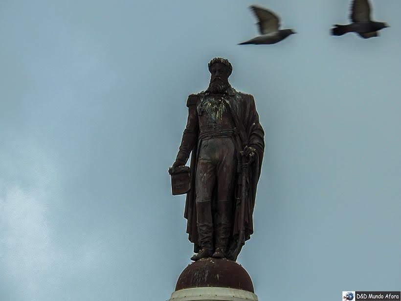 Estátua de Dom Pedro na Praça que leva seu nome em Lisboa - o que  fazer em Lisboa