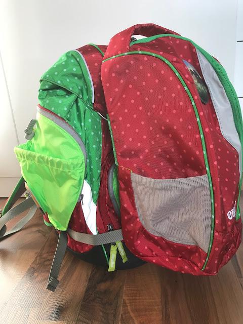 ergobag Pack - Ranzen mit aufgeschnallter Sporttasche