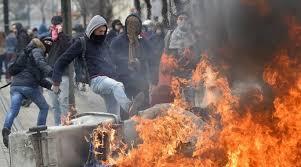 Σοβαρά επεισόδια και τραυματίες στους δρόμους της Γαλλίας
