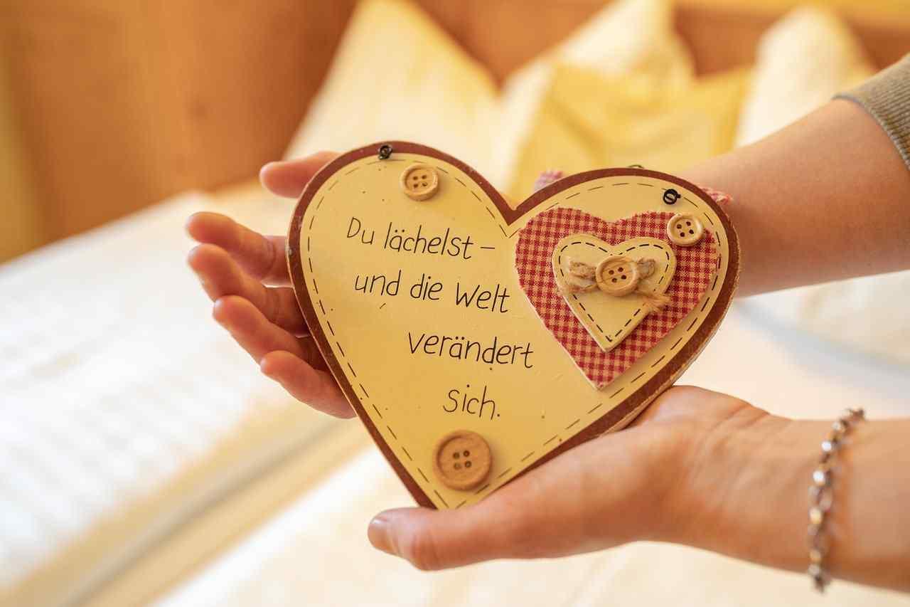 One Off Best 2020 Love Quotes in Hindi Sad | हिंदी में प्यार उद्धरण | Sad Quotes Hindi | प्यार पर उद्धरण हिंदी में उदास