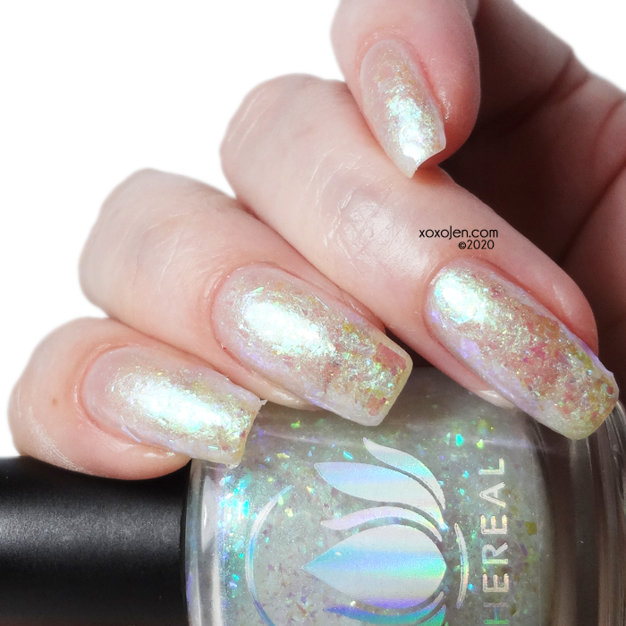 xoxoJen's swatch of Ethereal Snowfrost
