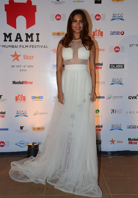 Esha Gupta in White Designer Gown At MAMI Closing Ceremony