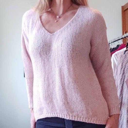 Πλεκτό μπλουζάκι σε δύο ροζ & γκρι.