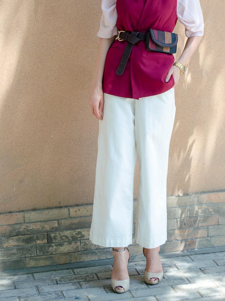 fashion-blogger-diyorasnotes-belt-bag-asos-white-pants-outfit