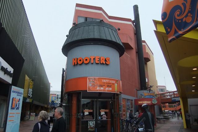 sf-hooters サンフランシスコフーターズ