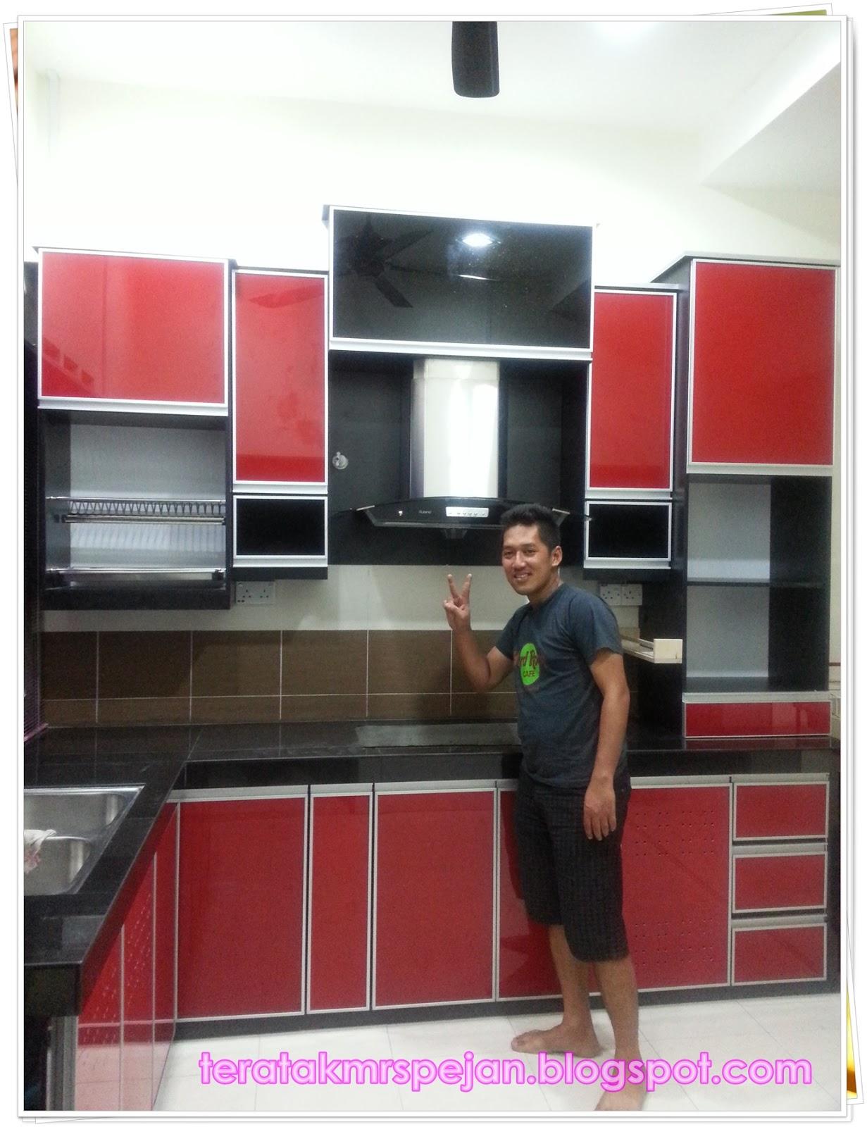 Dunia Mrs Pejan S Hasil Kitchen Cabinet 3g Yang Murah Cantik Kemas