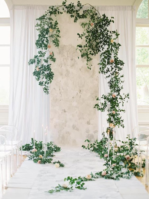 Atlanta florist, Atlanta wedding, Bloomin' Bouquets, florist, dried flowers, instillations, 2018 wedding, mixed hues, Ponderosa & Thyme, Amanda Jewel + Design, wedding flowers, flower instillation