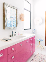 Bathroom decor with pink color