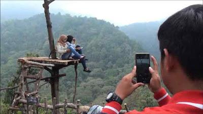 Wisata Panorama Petung Sewu