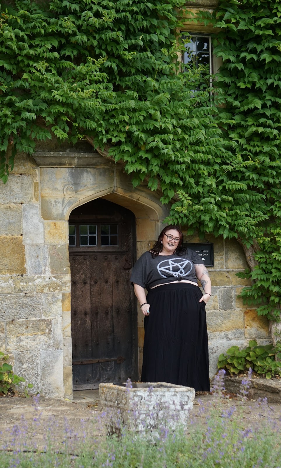 ALTERNATIVE PLUS SIZE BLOGGER // WWW.XLOVELEAHX.CO.UK